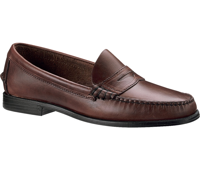 Herring Shoes are specialists in high quality men's shoes. Our list of suppliers include Church's, Loake, Barker, Cheaney, Alfred Sargent, Trickers, Sebago, Wildsmith, Saphir and our own Herring shoes. Here you can find brogues, monk shoes, oxfords, boots and many other men's shoe styles.