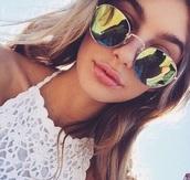 sunglasses,girl,tropical,boho,bohemian,summer,spring,style,fashion,boho chic,yellow,beach,top,lace,round sunglasses,mirrored sunglasses,sun,mxlisa.xo,aviator sunglasses,summer outfits,summer accessories,summer top,summer beauty,summer holidays,beautiful,cute,cute top