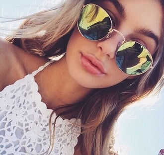 sunglasses girl tropical boho bohemian summer spring style fashion boho chic yellow beach top lace round sunglasses mirrored sunglasses sun mxlisa.xo aviator sunglasses summer outfits summer accessories summer top summer beauty summer holidays beautiful cute cute top