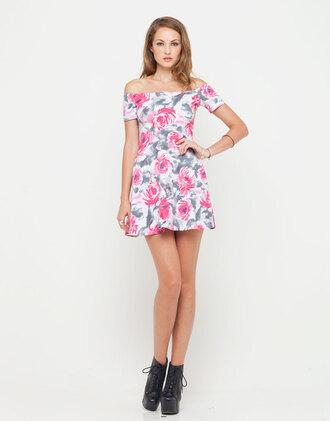 dress motel catalina off shoulder dress in pink flower buzz floral dress pink flowers