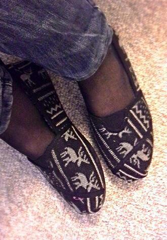 shoes moose print tribal pattern toms