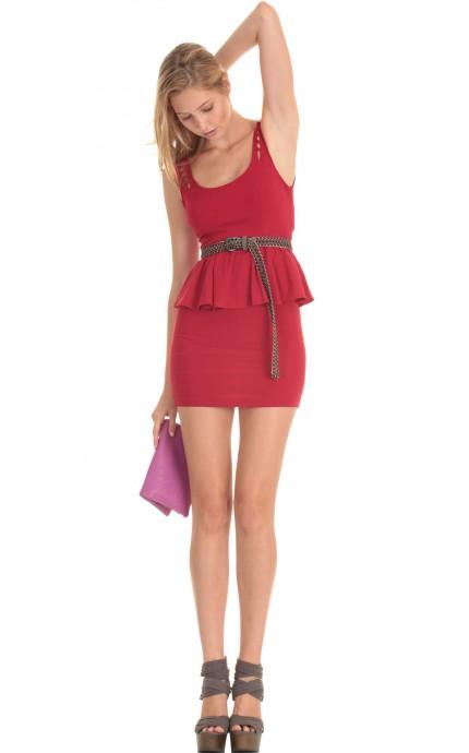 Bombshell dress in crimson