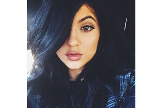 make-up mac soar mac whirl lipstick mac cosmetics mac lipliner kylie jenner kylie jenner lips