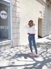 jeans,tumblr,blue jeans,skinny jeans,sneakers,red sneakers,vans,top,adidas,shoes