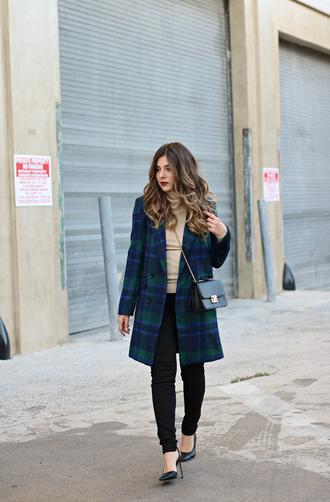 studsandsapphires blogger top jacket bag shoes crossbody bag blue coat black jeans high heel pumps fall outfits