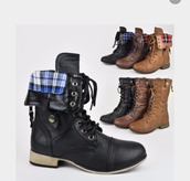 shoes,folded combat boots