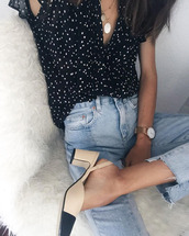 le fashion image,blogger,blouse,jeans,polka dots,frayed denim,cropped jeans,thick heel,nude shoes,shoes,chanel slingback shoes,chanel,chanel slingbacks,slingbacks,chanel shoes,blue jeans,black blouse