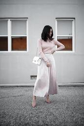 for all things lovely,blogger,sweater,skirt,shoes,bag,chanel bag,white bag,winter outfits