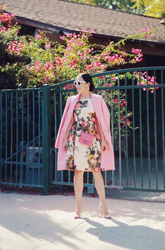 hallie daily blogger dress coat sunglasses bag jewels shoes pink coat floral dress pink bag high heel pumps pink high heels