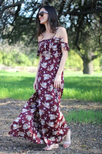 frankie hearts fashion blogger floral dress off the shoulder dress sandals maxi dress