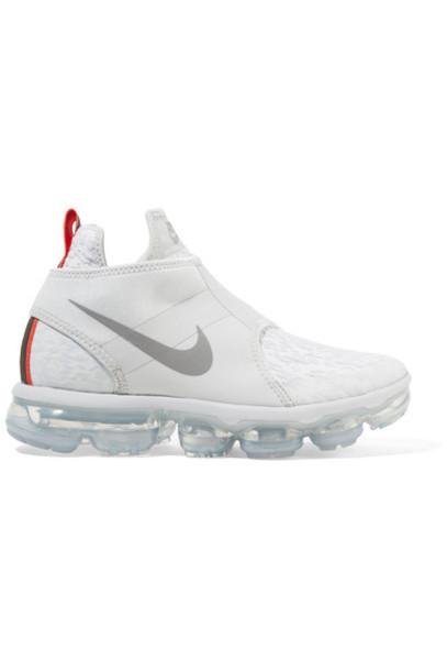 Nike sneakers silver shoes