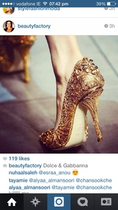 shoes,gold,high heels,sparkle,beautiful