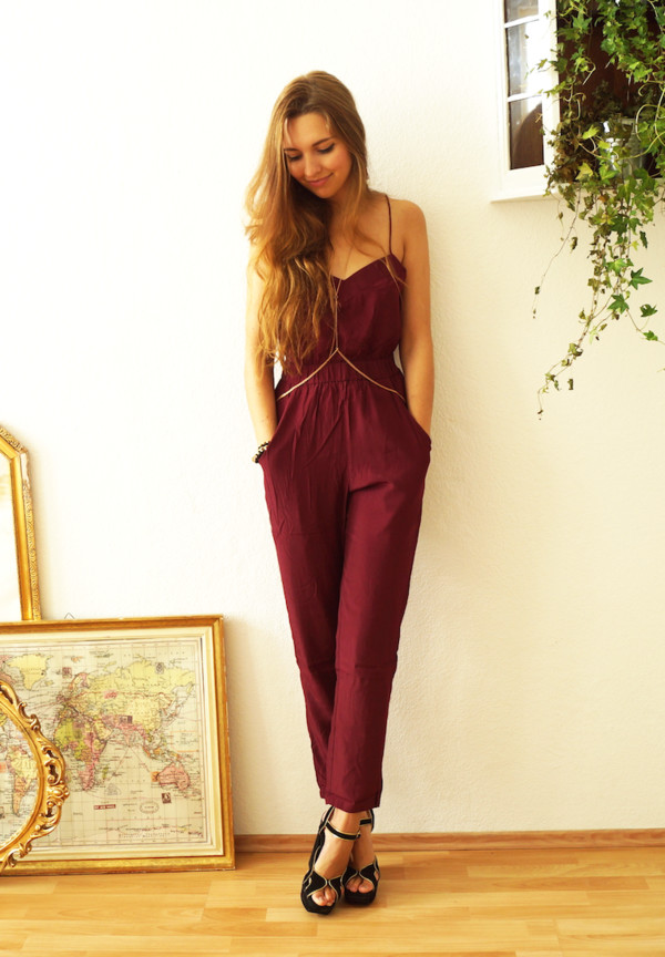 cruel thing blogger jumpsuit shoes burgundy classy fall outfits topshop