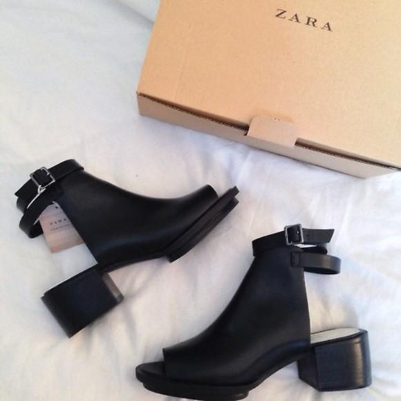 shoes zara boots high heels back strap little black boots black tumblr cute backless leather buckle talon été fille rock noir boucles boots talon