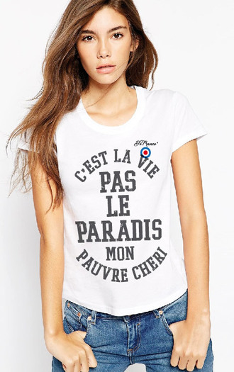 t-shirt graphic tee white girly quote on it quote on tee french c est la vie mon cheri de france france funny cool girl style celebrity french girl style