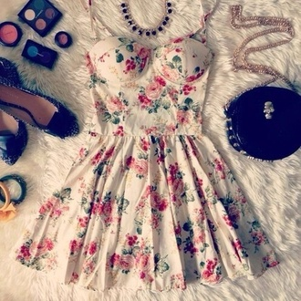 dress shoes bag jewels white white dress floral dress flowers pink flowers pink red green short summer pretty floral summer dress girly grunge cute nirvana 90s style make-up jewerly lookbook perfect sweet style studs bows eye shadow blush jewerly tops bracelets tumblr girl need it bad roses