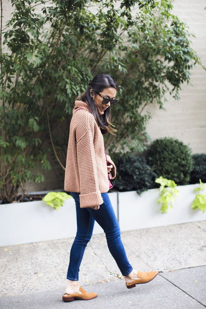 sweater tumblr knit knitwear knitted sweater denim jeans blue jeans shoes mules turtleneck
