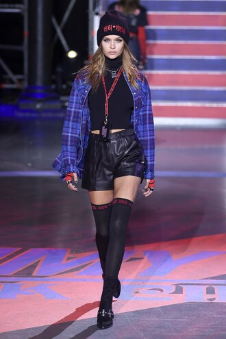 shorts josephine skriver model shirt fall outfits runway tommy hilfiger london fashion week 2017
