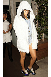 coat,rihanna,fur vest,shorts