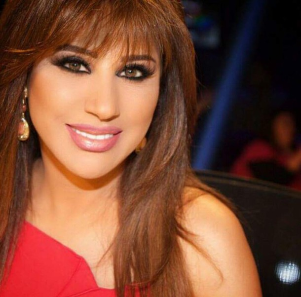 make-up beautiful beautiful red dress perfect women dress brunette eye makeup hairstyles