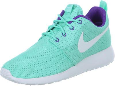 roshe run purple and blue