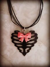 jewels,bow,pink,black,necklace,goth,rib cage,dress