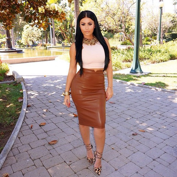 Pencil Leather Look Midi Skirt – Outfit Made