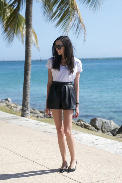 the glam files blogger leather shorts black shorts white t-shirt