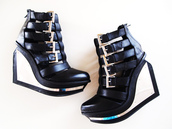 high heels,wedges,buckles,black shoes,shoes