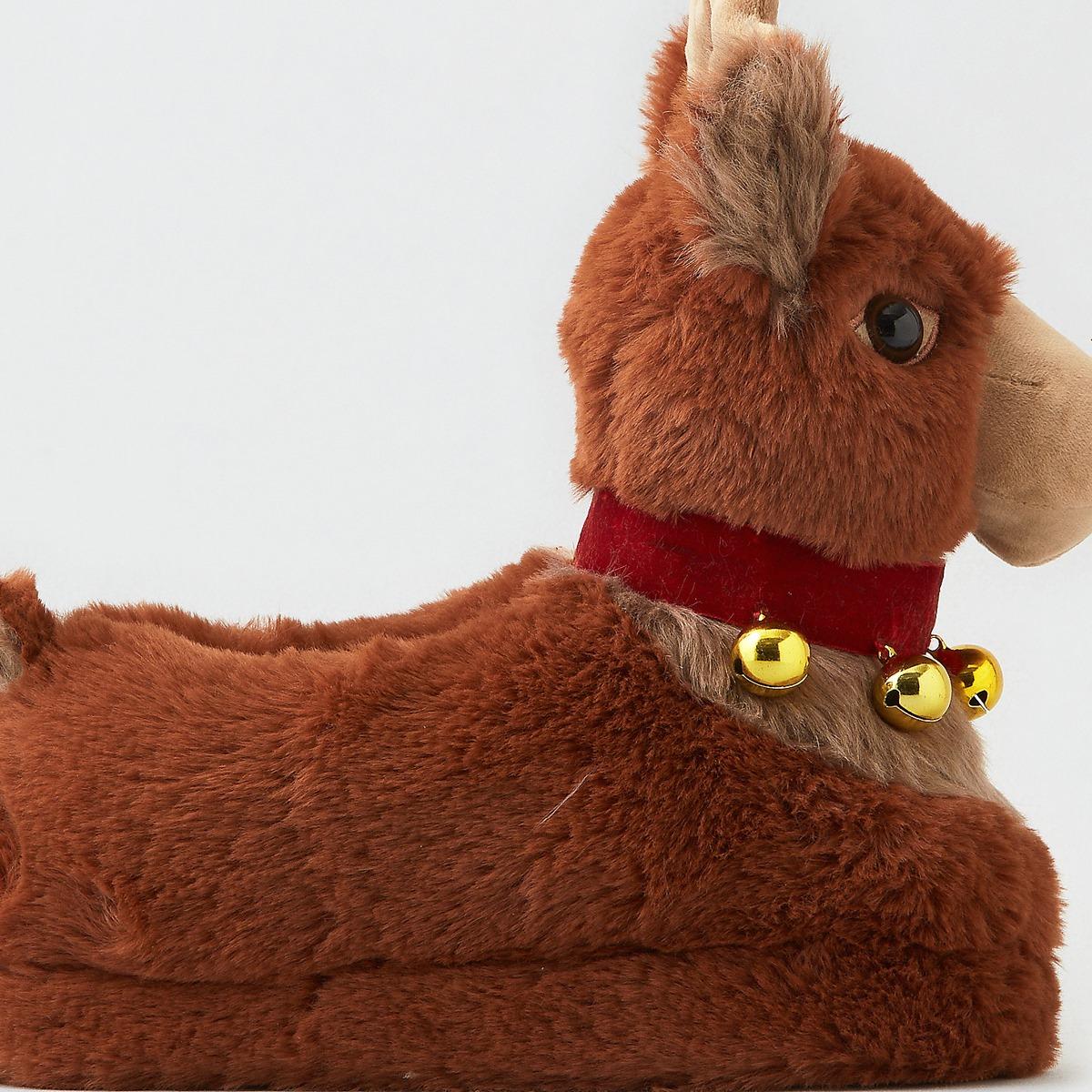 AEOO Reindeer Slipper