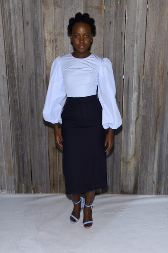 skirt shirt black and white sandals top blouse lupita nyong'o