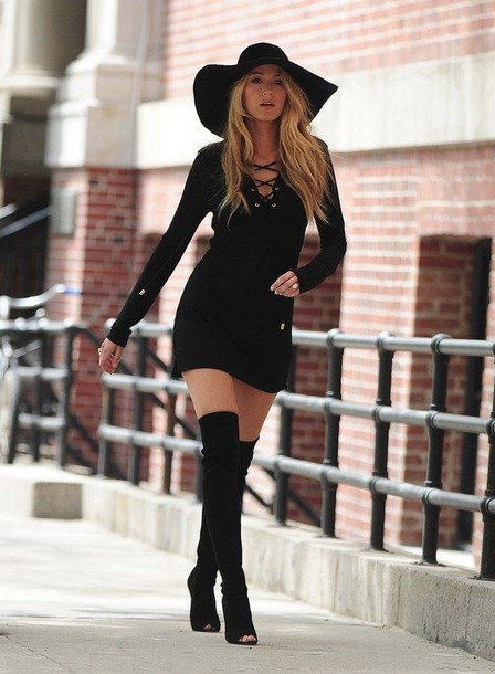 dress blake lively black shoes hat black boots long sleeves