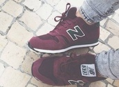 shoes,373,burgundy,new balance,sneakers,red,black shoes,new balance sneakers
