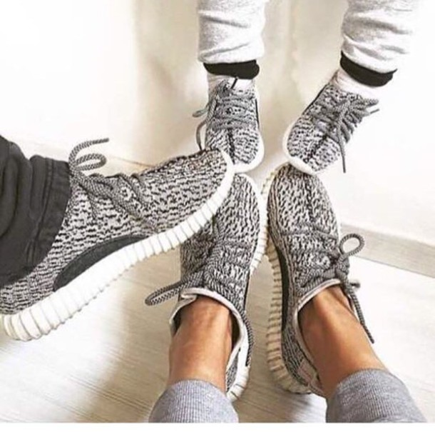 yeezy shoes female