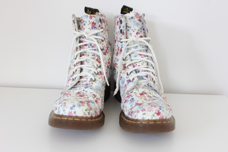 Dr martens floral ankle boots 10x10 mightylinksfo