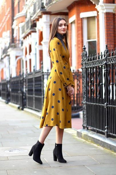 8506d117a27a peexo blogger dress shoes ankle boots midi dress wrap dress