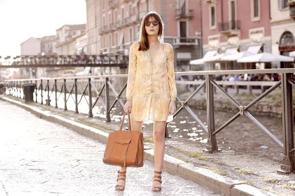 onto my wardrobe blogger bag sunglasses shoes