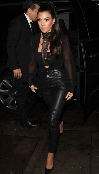 top all black everything blouse kourtney kardashian pants pumps kardashians