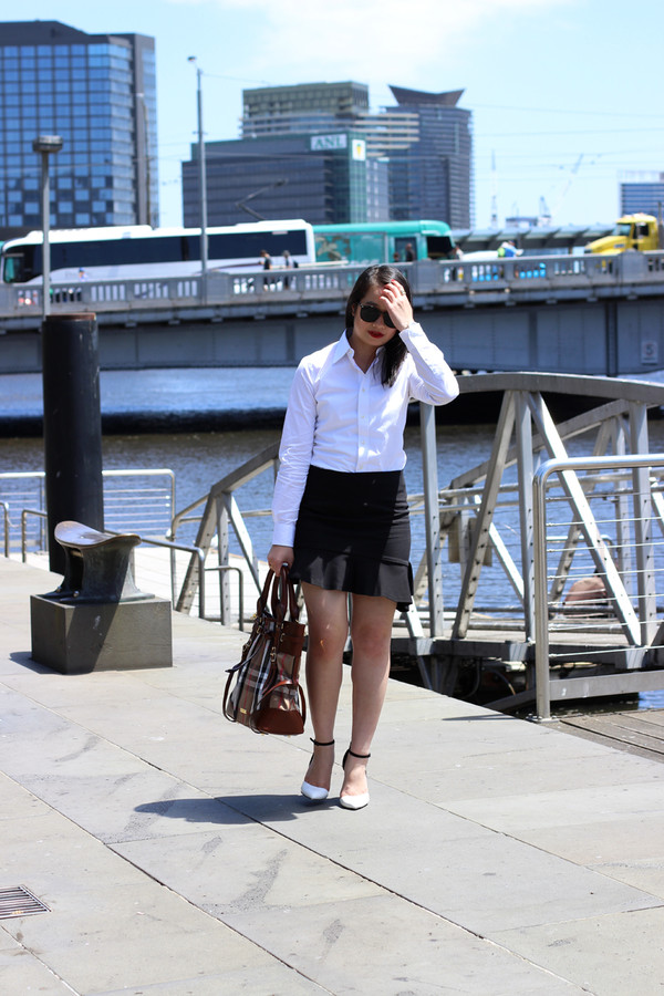 an odd girl bag skirt shirt shoes jewels sunglasses