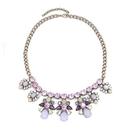 Vine in lilac necklace
