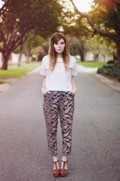 fancy pants,pants,t-shirt,shoes