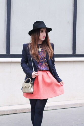 elodie in paris blogger jacket top skirt shoes bag jewels hat tights