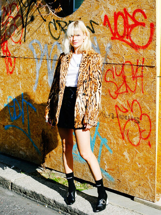 coat tumblr fur coat faux fur coat animal print printed coat t-shirt white t-shirt skirt mini skirt black skirt black leather skirt leather skirt socks shoes black shoes