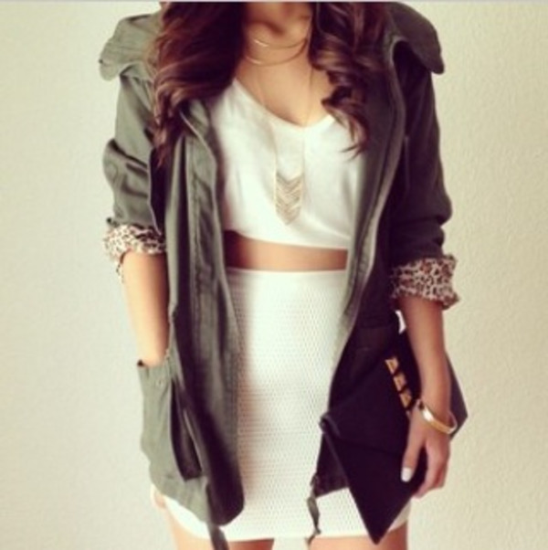 jacket necklace accessories shirt white shirt skirt bag jewels coat