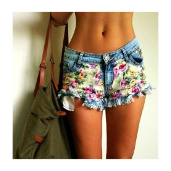 High waisted shorts hipster green cool style blue shorts summer shorts pretty outfit cute outfit stylish hot trendy trend tumblr girl floral shorts colourful shorts pretty shorts tumblr look tumblr outfit hot outfit cool outfit summed style yellow orange purple headbands,hippie,trendy,colorful,tribal bag