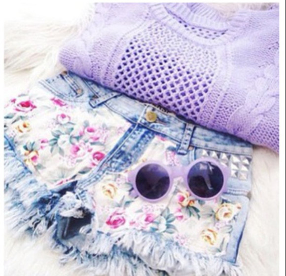 knitwear shorts jumper flowers flowered shorts flowery shorts summer lilac summer outfit ootd hotpants sunglasses followme