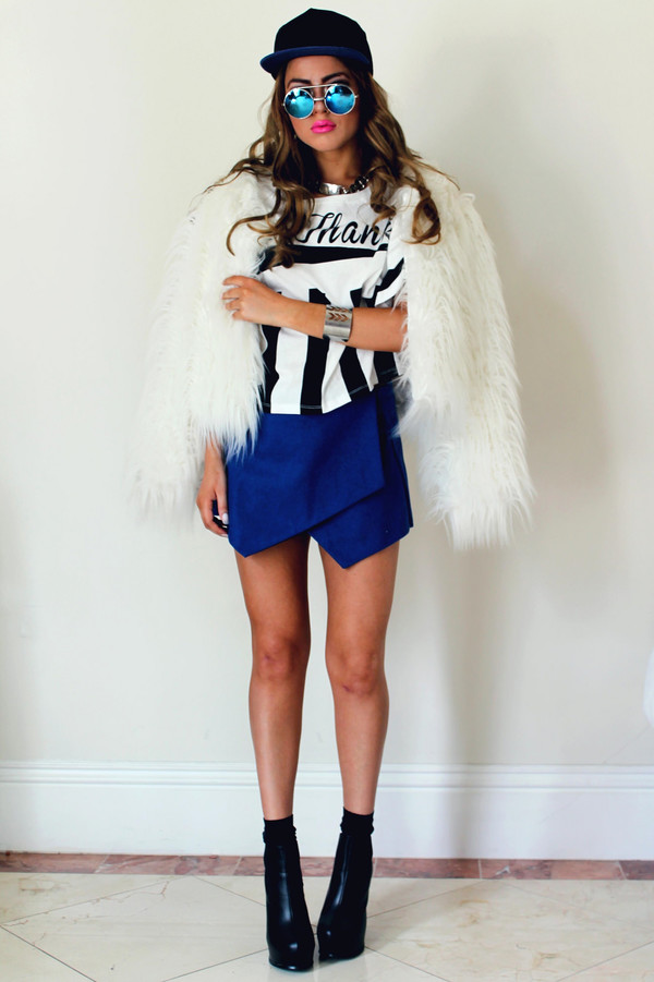 fated to be hated t-shirt jewels skirt sunglasses aviator sunglasses blue fur coat
