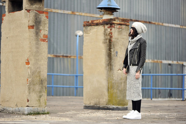 shiny sil blogger shoes sunglasses top dress bag hat jewels tights jacket