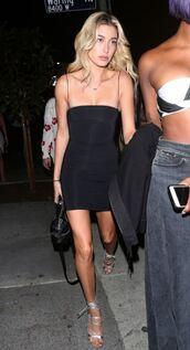dress,little black dress,mini dress,black dress,hailey baldwin,model off-duty,sandal heels,sandals,summer dress,bodycon dress