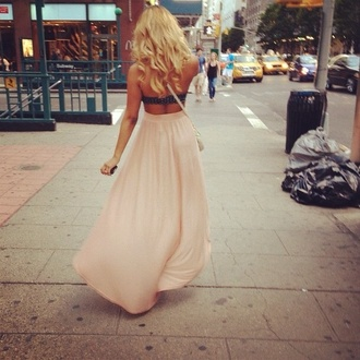 skirt maxi skirt pink high heels vintage bralette brandy melville the carrie diaries carrie bradshaw hipster new york city
